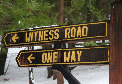 Hume Road Sign
